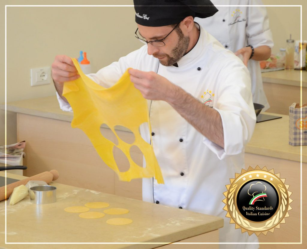 Cooking Raviolo 4 - Cooking courses in Italy