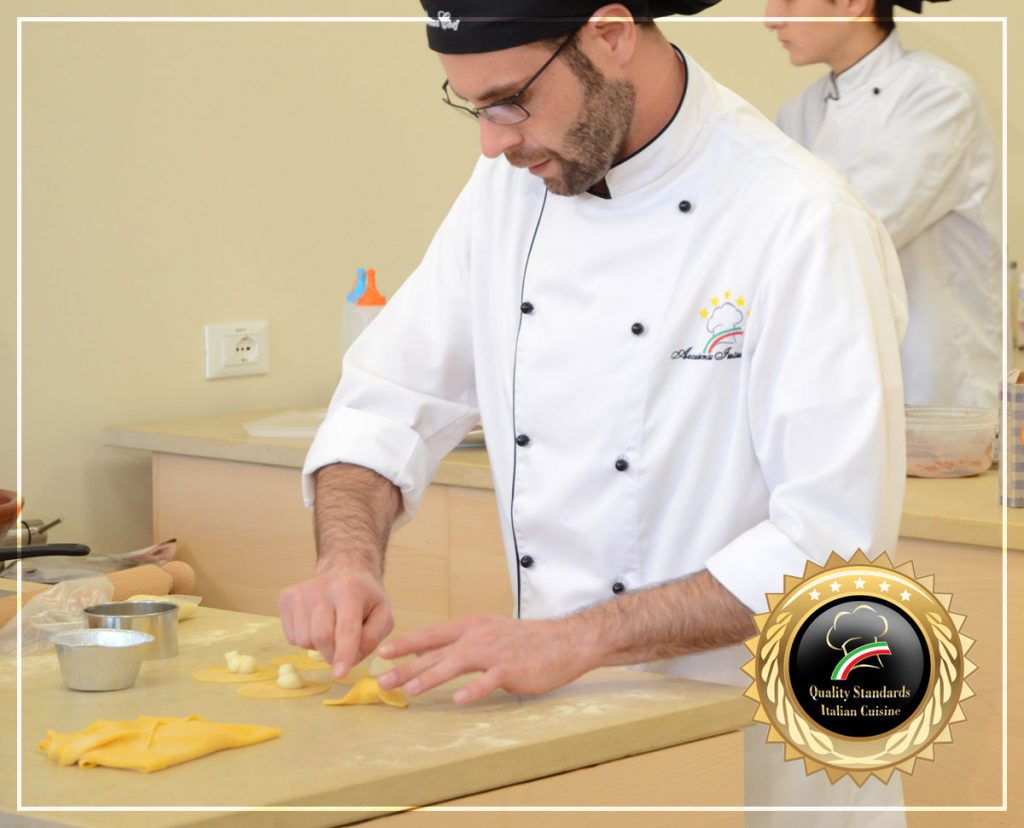 Cooking Raviolo 5 - Cooking courses in Italy